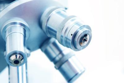 microscopioR400