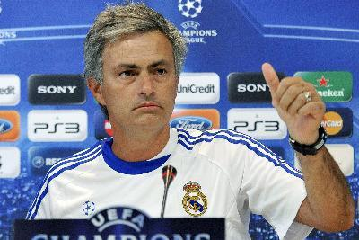 mourinho_real_R400_5ott10