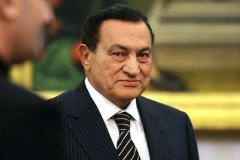 mubarak_sorriso_R400