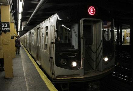 newyork_underground_R439