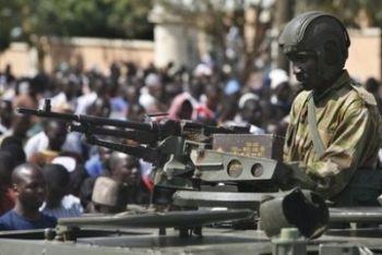 nigeria_soldato_R400