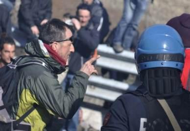 notav_protesta_poliziaR400