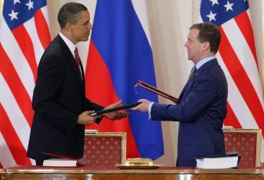obama_medvedev_trattatoR375
