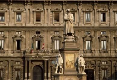 palazzo_marino_R400-1