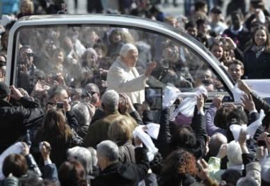papa-benedetto-xvi-pontefice-ratzinger