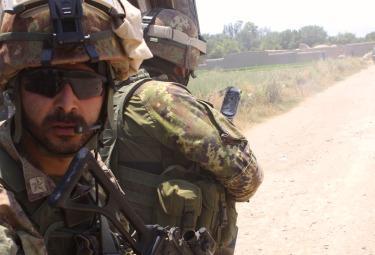 para_pattuglia_afghanistanR375