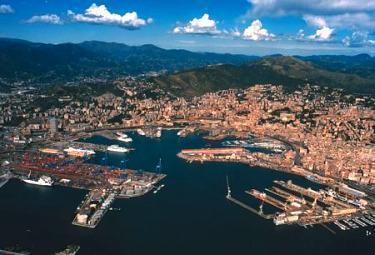 porto_di_genovaR37513ago2009