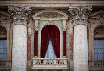 sanpietro_finestra_papaR439