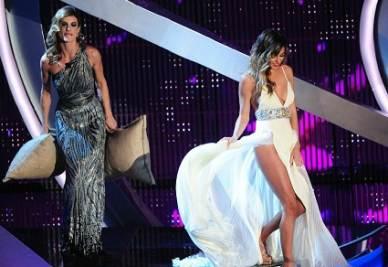 Sanremo Festival Moda Belen E Gli I Spacchi Vestiti Di 2012 7w7xPqTrZ