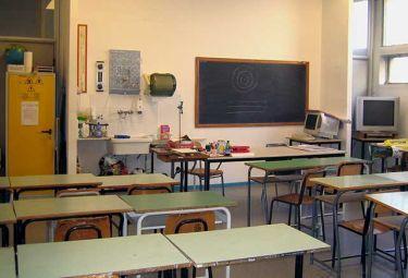 scuola_-aulaScienzeR375