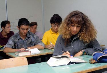 scuola_studenti-classeR375