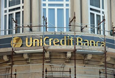 unicredit_ristrutt_R375