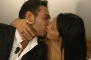 uominiedonne_diletta-leo-bacio-notteR400