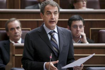 zapatero_parlamento_spagnoloR400