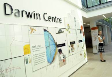 Darwin_CentreR400