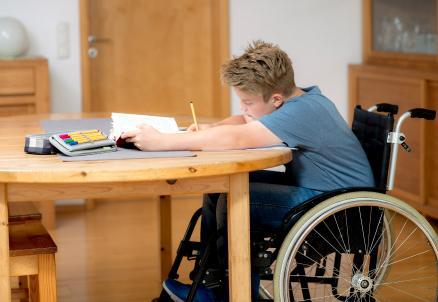 Disabili-scuola_R439