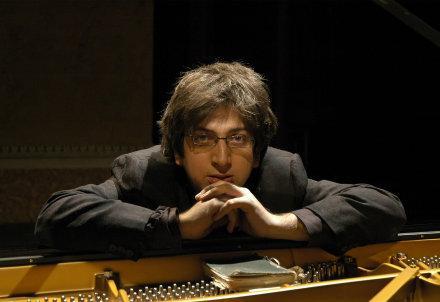 bahrami-piano_R439
