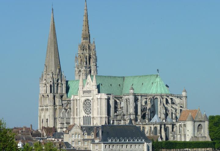 chiesa_cattedrale_chartres_arte_wikipedia