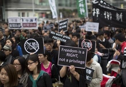 hongkong_giovani_protestaR439