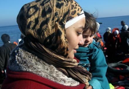 migranti_lesbo_sbarco2R439