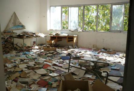 scuola-abbandonata_R439