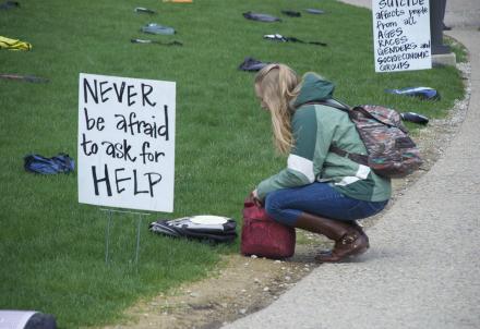 studenti_americani_suicidi_ok_R439