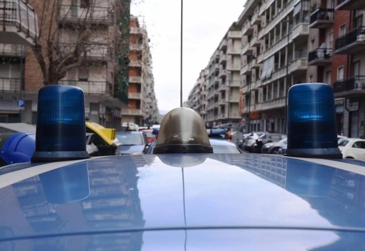 Polizia_Auto_Lapresse