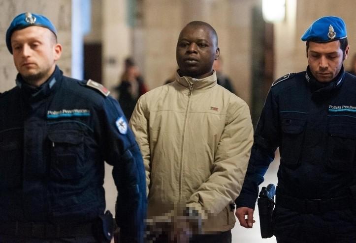 carcere_polizia_kabobo_migranti_milano_lapresse_2018