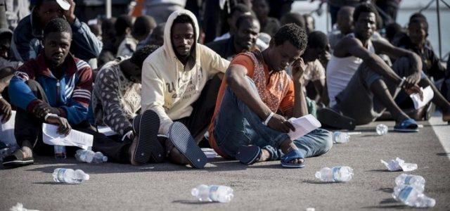 migranti bologna
