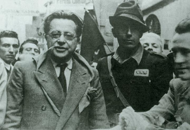 palmiro_togliatti_comunismo_pci_lapresse_1945