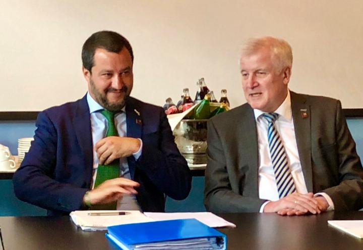 salvini_seehofer_ministri_interni_italia_germania_innsbruck_twitter_2018
