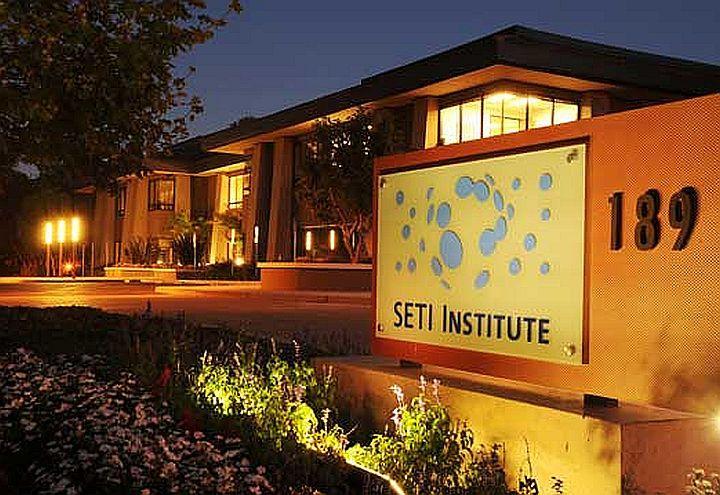 Musso_69_00_apertura_Il_SETI_Institute_a_Mountain_View_720x495_ok