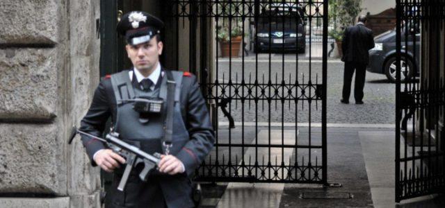 palazzo_grazioli_berlusconi_carabinieri_militari_lapresse_2018