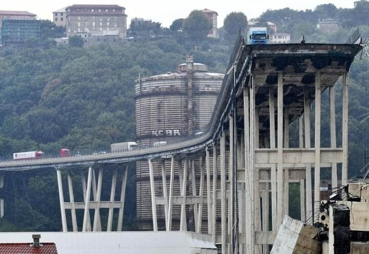 Genova_Ponte_Morandi_Rotto_Lapresse