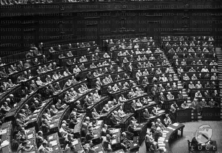 costituzione_assemblea_costituente_luce