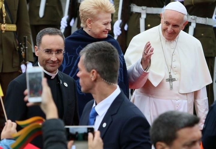 papa_francesco_lituania_grybauskaite_lapresse_2018