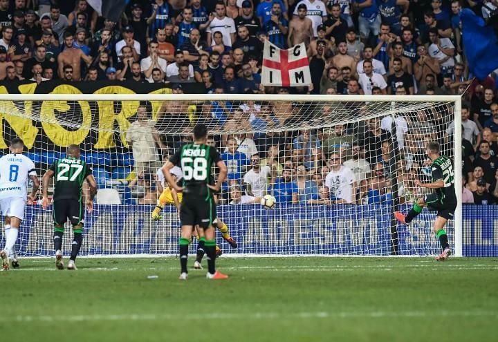 Berardi_Sassuolo_Inter_rigore_lapresse_2018