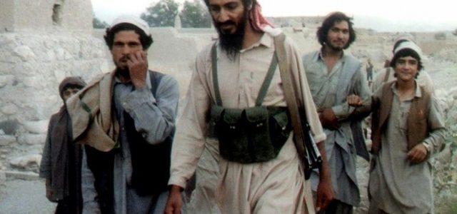 Bin_Laden_Osama_1988_Lapresse