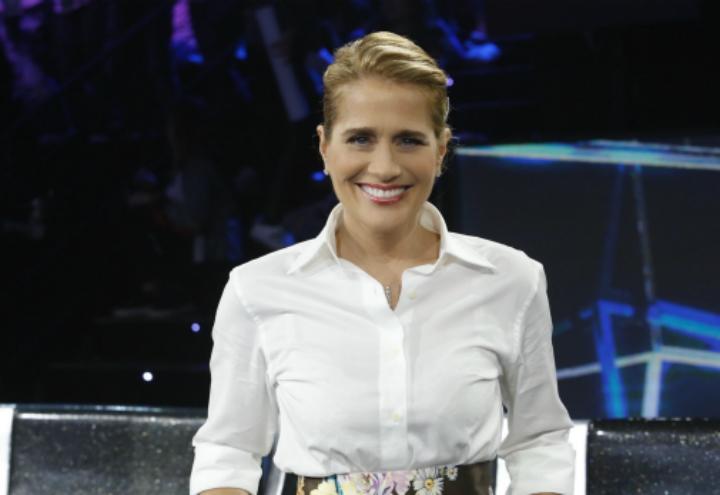 Heather Parisi/ Barbara anticipa: Si parlerà della Cuccarini (Live ...