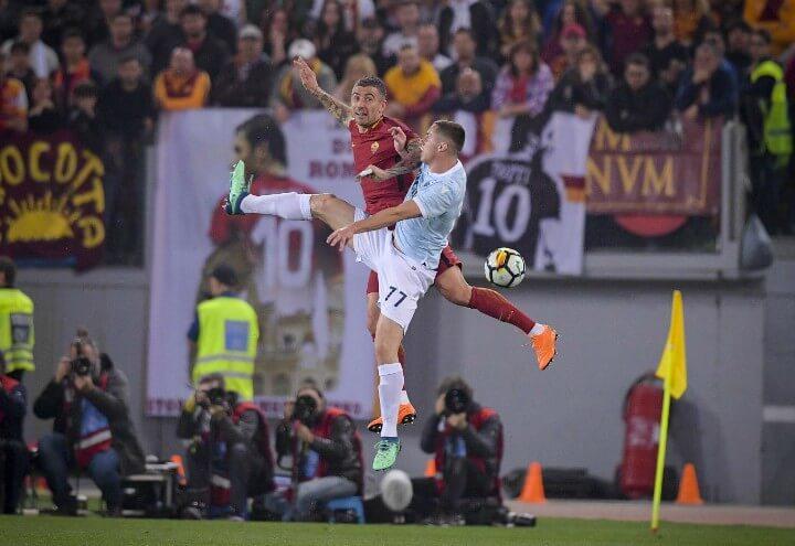 Kolarov_Marusic_Roma_Lazio_derby_lapresse_2018
