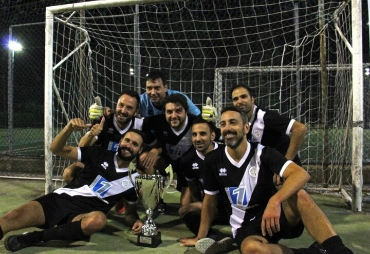 Number1Logistics-squadra_vincitori_cs