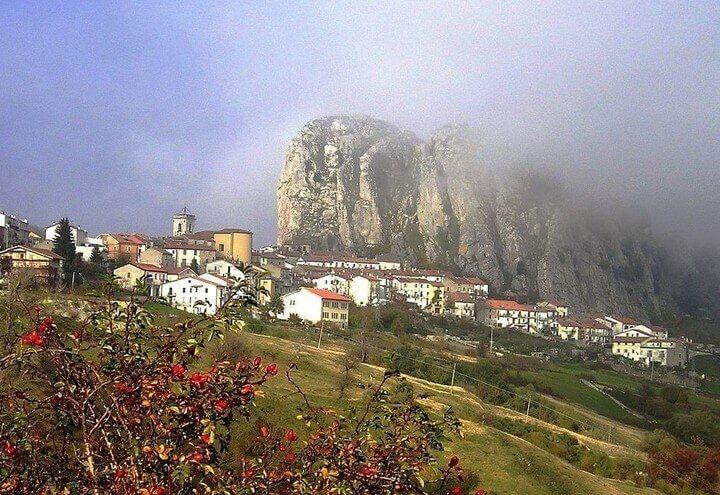 abruzzo_appennino_paese_pizzoferrato_wikipedia
