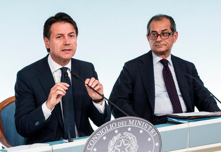 https://cdnx.ilsussidiario.net/wp-content/uploads/2018/10/22/conte_tria_palazzo_chigi_governo_premier_mef_lapresse_2018.jpg
