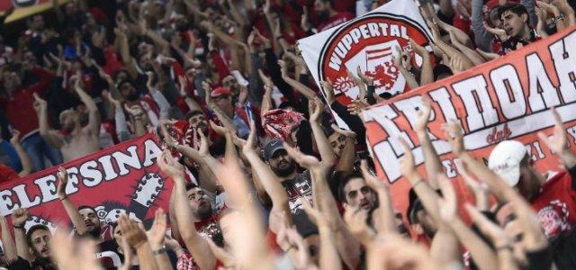 tifosi_olympiacos_calcio_lapresse