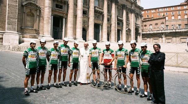 La squadra Amore & Vita con il Papa in Piazza San Pietro