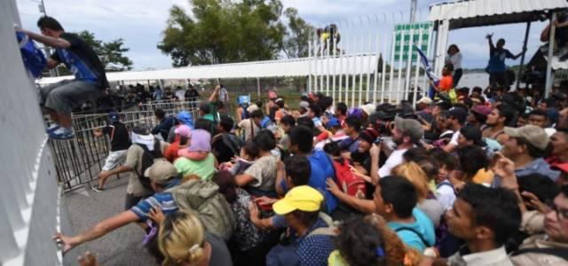 Carovana in Messico verso gli Usa