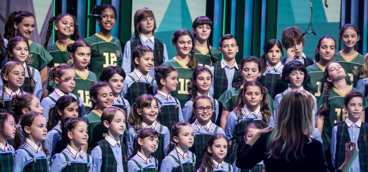 Canzoni Di Natale Zecchino D Oro.Piccolo Coro Dell Antoniano In Prima Serata Con Le Canzoni
