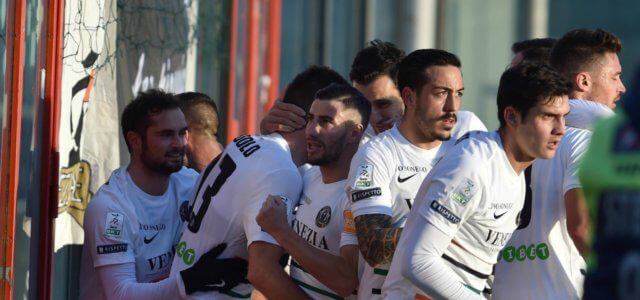 Venezia gol gruppo Modolo lapresse 2018 640x300