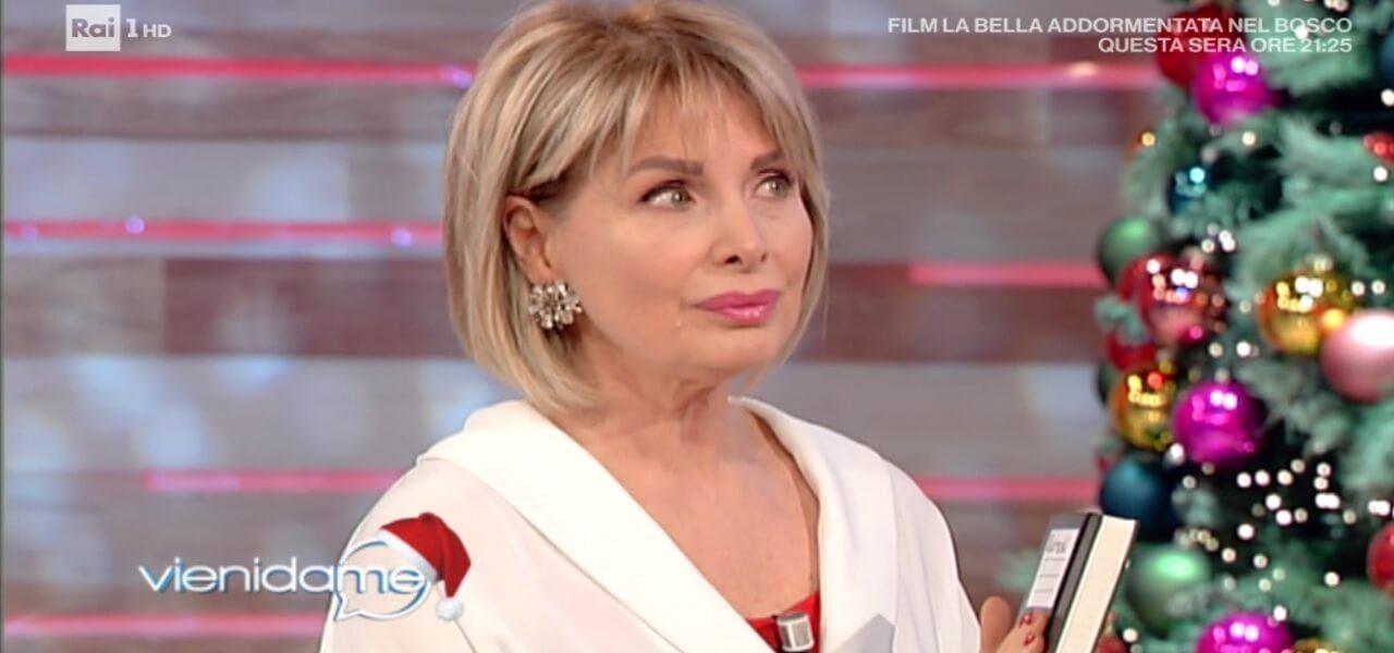 """Marta Flavi: Marta Flavi A Vieni Da Me/ """"Sono Fidanzata Con Un Notaio"""