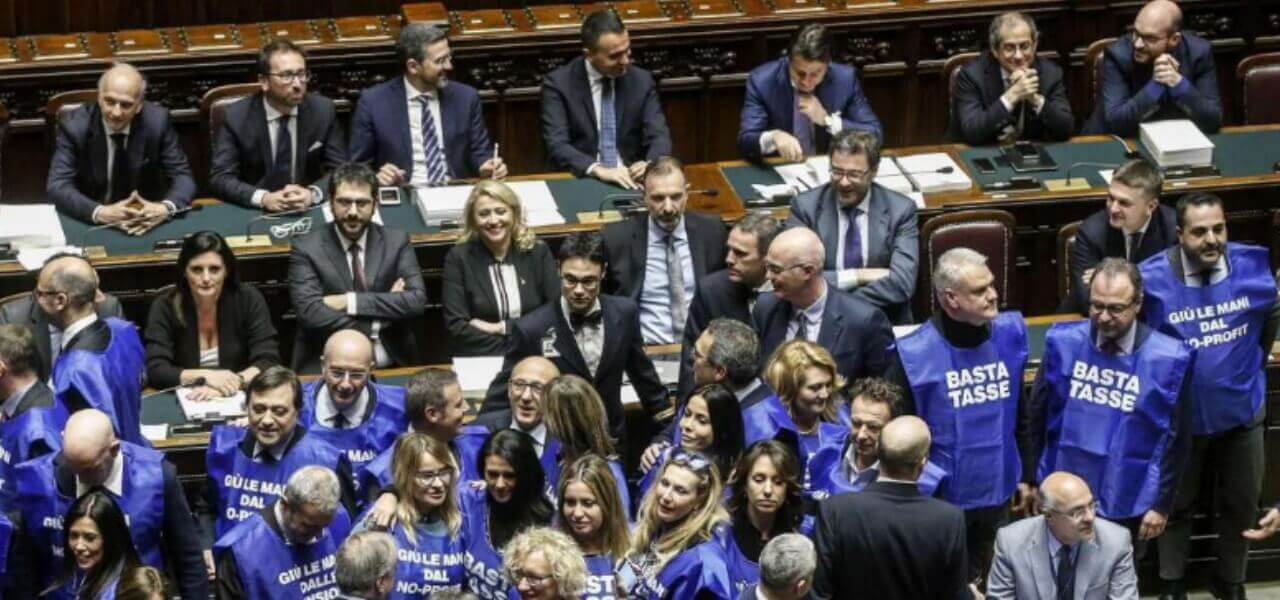 Berlusconi Lancia I Gilet Azzurri Forza Italia Da